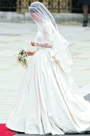 Bodas Reales - El vestido secreto recibió la aprobación casi unánime
