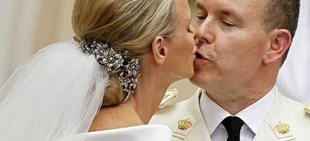 Bodas Reales - En Facebook la boda de Guillermo y Kate gana la partida a la de Alberto y Charlene