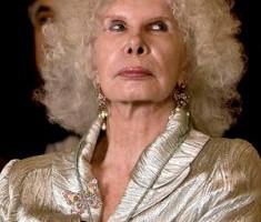 Bodas Reales - Cayetana, la Duquesa de Alba, podría denunciar a Interviú por sus fotos desnuda